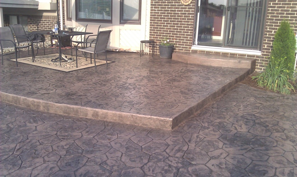 Stamped concrete patio design sterling hts mi concrete for How to make designs in concrete