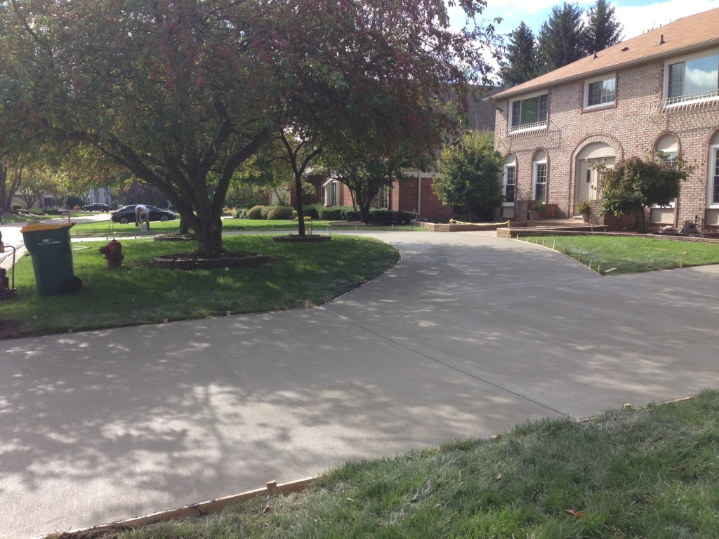 concrete driveway rochester hills mi
