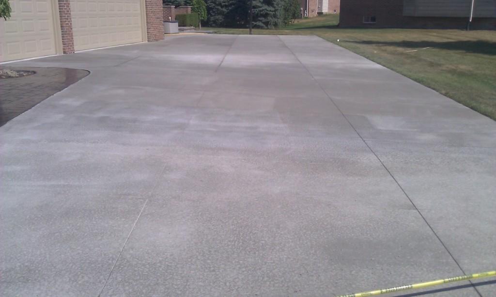 concrete driveway sterling hts mi