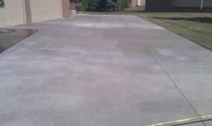 Concrete driveway sterling hts michigan 48314
