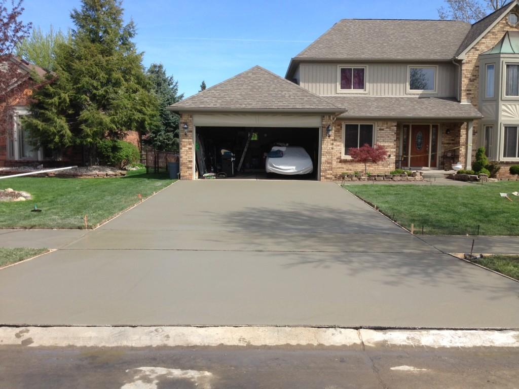concrete driveway warren mi